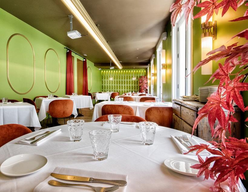 el restaurante noi cuenta con tres espacios diferenciados