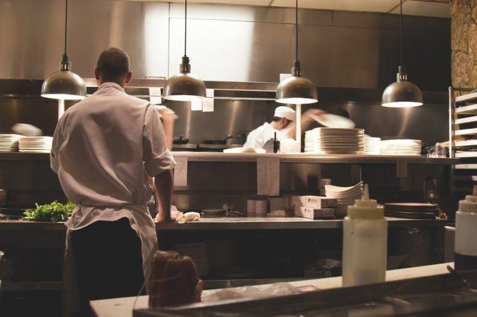 kitchen-731351_1280 cocina hosteleria
