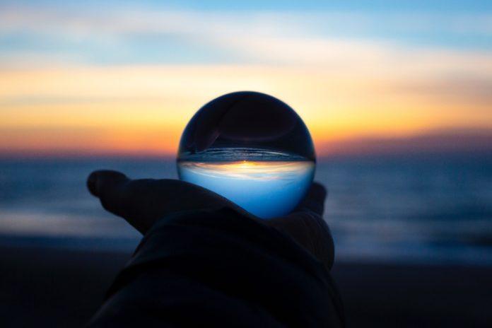 peldano inspiracion bola en playa - fuente unsplash